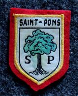Patch Écusson Tissu Touristique : France - Hérault - Saint-Pons De Thomières - Le Chêne Vert - Ecussons Tissu