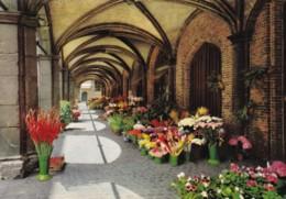AN33 Brugge, Achterzijde Van Het Belfort - Flower Market - Brugge
