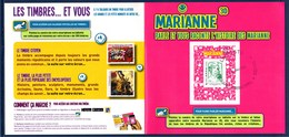 = Encart Cartonné Timbre Autocollant 864A Marianne Et La Jeunesse TVP LV 20g Lecture électronique En 3D Collector N°223 - 2013-... Marianne (Ciappa-Kawena)