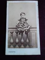 Photographie CDV Second Empire - Fillette - Robe Carreaux - Bottines - Photo A. Floire  Bordeaux - Antiche (ante 1900)