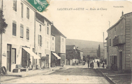 Salornay Sur Guye, Route De Cluny - Francia