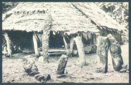 Vanuatu New Hebrides Native Meeting House With The Totem Guardian Malekulo Island - Vanuatu