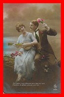 CPA  COUPLES.  Jolie Femme Jouant Du Banjo Et Son Amoureux...J474 - Couples