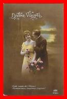 CPA  COUPLES.  Divine Volupté. Jolie Femme Et Son Amoureux...J477 - Coppie