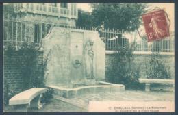 80 CHAULNES Somme Le Monument Du Souvenir De La Croix Rouge - Chaulnes