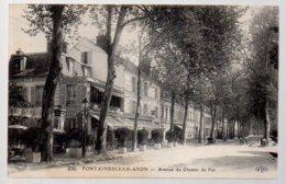 REF 373 : CPA 77 Fontainebleau Avon Avenue Du Chemir De Fer - Fontainebleau
