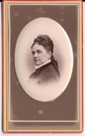 Photographie Ancienne XIXe CDV Portrait D'une Femme Photographe Claudius COUTON Vichy Et Clermont Ferrand - Ancianas (antes De 1900)