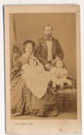 Photographie Ancienne XIXe CDV Portrait D'une Famille 1860 Photographe DISDERI Brest - Photos