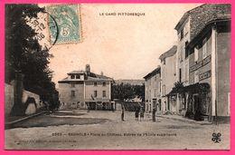 Bagnols Sur Cèze - Place Du Château - Entrée Ecole Supérieure - Restaurant ROURE - Animée - Edit. C. ARTIGE Fils - 1906 - Bagnols-sur-Cèze