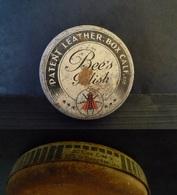 Ancienne Boîte De Cirage Pour Le Cuir (chaussures Ou Autre ?) De La Marque BEE'S POLISH - Boîtes