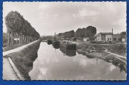 VITRY-le-FRANCOIS   Le Port De La Jonction   Péniches       écrite En 1953 - Vitry-le-François