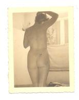 Photo AMATEUR ( +/- 6 X 9 Cm ) D'une Femme Nue , Nude,... (b254) - Erotic & Fine Nudes (...-1960)