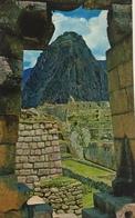(657) Peru - Machupicchu - Window Of The Snakes - Pérou
