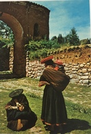 (659) Peru - Cuzco Region - Native Women - Kind Op De Rug. - Pérou