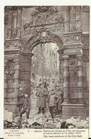62 - ARRAS / PORTAIL DE L'HOTEL DE VILLE RUE JACQUES LE LARON DETRUIT LE 14 JUILLET 1915 - Arras