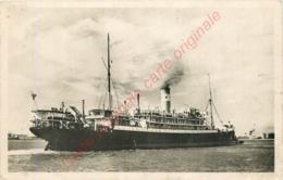 Paquebot  GROIX . Compagnie Maritime Des Chargeurs Réunis . - Steamers