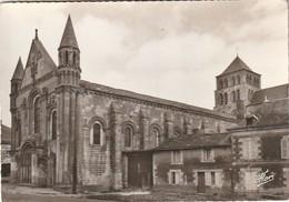 SAINT-JOUIN DE MARNES. - Eglise Abbatiale ( XIè - XIIè Siècle ). - Saint Jouin De Marnes
