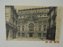 Tours. Theatre Municipal... L'interier Incendie Le 15 Aout 1883, Fut Reconsturit Par Hardion Et Loison... ND 108 - Tours