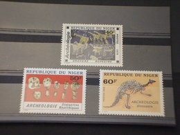NIGER - 1976 ARCHEOLOGIA 3 VALORI -  NUOVI(++) - Niger (1960-...)