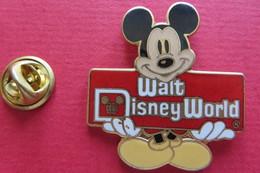 Pin's,DISNEY, Mickey, Walt Disney World - Disney