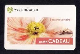 Carte Cadeau  YVES ROCHER.   Bon Anniversaire - Cartes Cadeaux