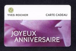 Carte Cadeau  YVES ROCHER.   Joyeux Anniversaire.   Gift Card. - Cartes Cadeaux