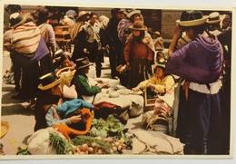 (684) Peru - Huancayo - Market Scene - Onions - Pérou
