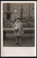 C6934 - Kleines Hübsches Mädchen Mit Ball - Vintage - Pretty Young Girl Mode - Satrar Photo - Fotografie