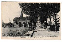 FRANCE / CPA / ECUEILLE / LES PONTS ET AVENUE DE L'EGLISE / 1905 - Autres Communes