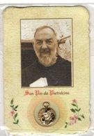 Religione MINI SANTINO   Pieuse Image Religieuse Holy Card SAN PADRE PIO DA PIETRALCINA + MEDAGLIETTA (MIGNON) - Godsdienst & Esoterisme