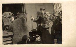 LEGION RUSSE  HOMMES MICHKA EMBARQUEMENT DES VOLONTAIRE RUSIA OURS BEARS OSOS BEREN 14*9CM Fonds Victor FORBIN 1864-1947 - Rusia