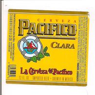 Etiquette Bière - Cervaza Pacifico Clara - Brewed In Mexico - Imported By Crown Imports, Chicago - Décollée - - Bier
