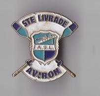 PIN'S THEME SPORT AVIRON SAINTE LIVRADE  EN  LOT ET GARONNE - Aviron