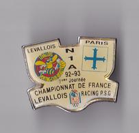 PIN'S  THEME  BASKETBALL  CHAMPIONNAT DE FRANCE  1ERE JOURNEE LEVALLOIS - RACING PSG   1992 - Basketball