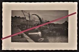 """LE HAVRE -- Carte Photo _ Docks Fouquet En 1935 _ Bassin De La Barre _ Bateaux """"Esturgeon Et Carentan"""" Et Péniche à Quai - Port"""