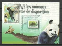 Central African Republic 2011 Mi Block 729 MNH WWF - STAMP ON STAMP - Ongebruikt