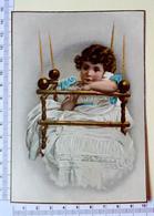 CHROMO GRAND FORMAT...IMP. GOMBERT......MAISON MODELE /PARIS.......ENFANT DANS SA BALANCELLE - Chromos