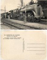 """Locomotives De L' Algérie (CDF Algérien) Un Express En Gare D' Alger - Machine """"Garratt"""" 231-132 B 10 (115366) - Trains"""