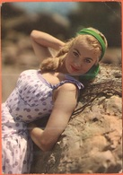 Tematica - Pin-Ups - 1960 - 15 Siracusana + Flamme - Giovane Donna Bionda Non Identificata - Viaggiata Da Bari Per Nonan - Pin-Ups