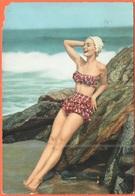 Tematica - Pin-Ups - 1957 - 10 Siracusana - Giovane Donna In Costume Da Bagno Al Mare - Viaggiata Da San Vincenzo Per Fi - Pin-Ups