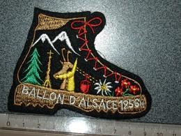 ECUSSON  TOURISTIQUE TISSUS   BALLON D'ALSACE - Escudos En Tela