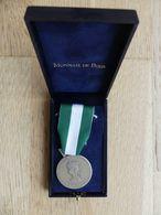 Médaille D'honneur. Communale. Régionale. Départementale. 20 Ans. Bronze Argenté Dans Sa Boite De La Monnaie De Paris - Autres