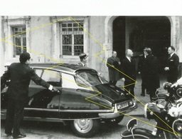 PHOTO- ChATEAU SALINS 13 04 1969 SARREBOIRG MESSEMER  1er MINISTRE  AUTO DS CITROEN - Chateau Salins