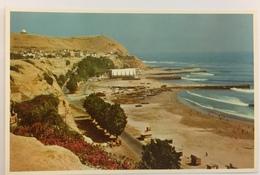 (704) Peru - Lima - Chorrillos Beach - Pérou