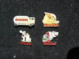 4 Pin's TOTALGAZ - Carburanti