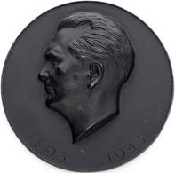 """Medaillen Deutschland - Personen: HERMANN GÖRING; 1943, Schwarze Eisenmedaille Mit Kopfbild """"Hermann - Deutschland"""