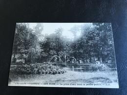 929 - RIOM La Piece D'eau Dans Le Jardin Public - Riom
