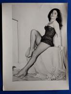 Vintage SEXY PIN-UP GIRL Photo, Ca. 18 X 24 Cm, Hübsche Frau In Reizwäsche, Jeune Femme Erotique, Pretty Woman [19-246] - Pin-Ups