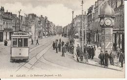 CALAIS - Le Boulevard Jacquard  + Tramway + Belle Animation - Calais