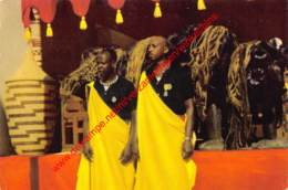 Notables - 1955 - à La Maison Personelle Du Mwami Du Ruanda - Ruanda-Urundi